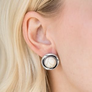 Jewelry - Out Of This Galaxy - White | Earrings